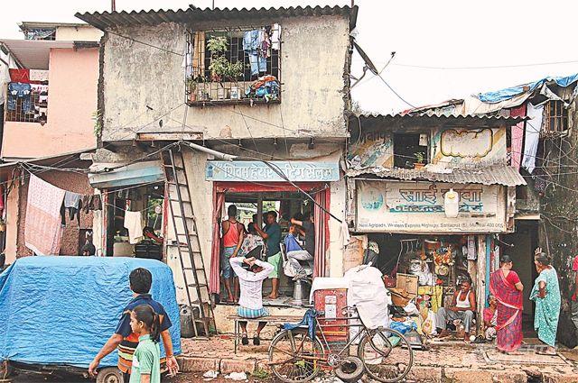 Несмотря накрайнюю нищету, обитатели трущоб считают себя счастливыми людьми.
