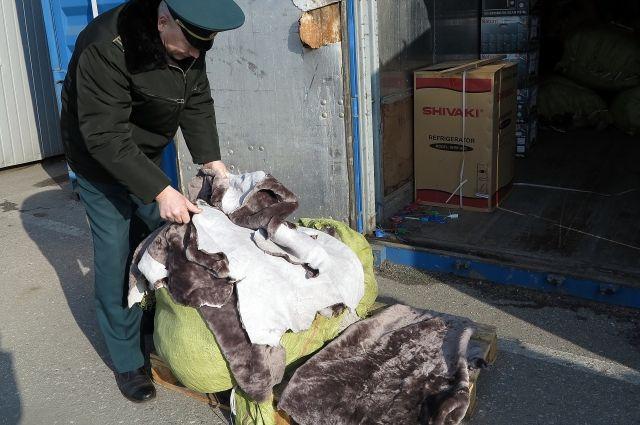 За год удвоилось число попыток ввезти в Калининград поддельные товары.