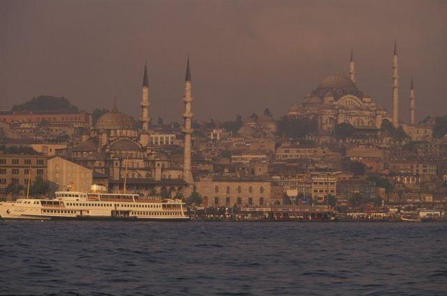 Спасатели обнаружили тела моряков с затонувшего у берегов Турции судна