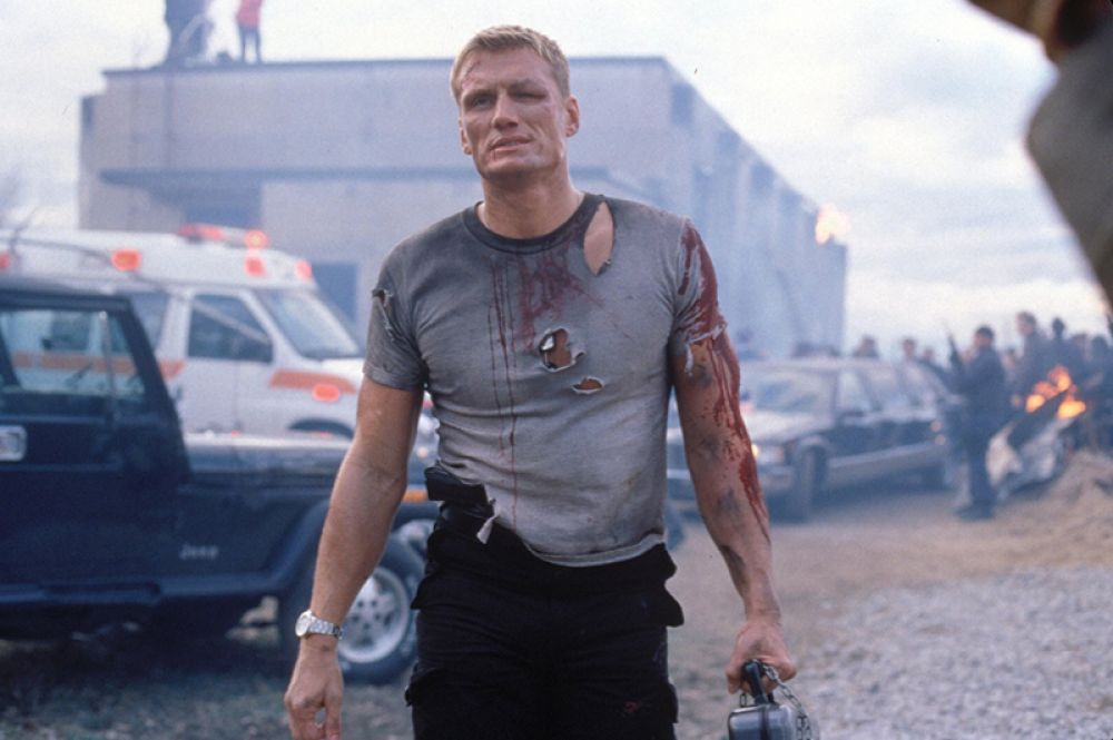 В 1997 году Дольф снялся в фильме «Миротворец» о майоре ВВС США, который должен предотвратить убийство президента и остановить ядерный взрыв.