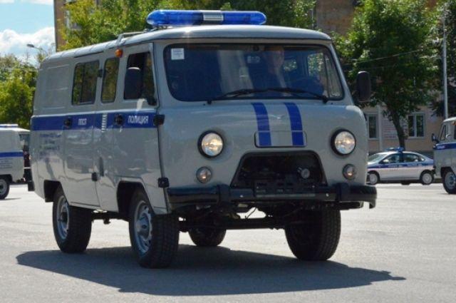 В полицию обратилась один из водителей, который подвозил подростков.
