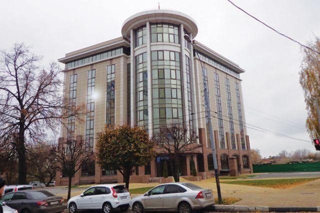 Полупустые офисные центры в Тамбове.