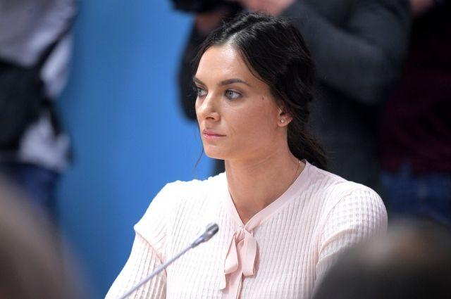 Волгоградка Елена Исинбаева поразила цветом собственных глаз