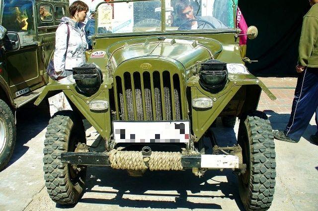 На фото ГАЗ-67Б (wikipedia)
