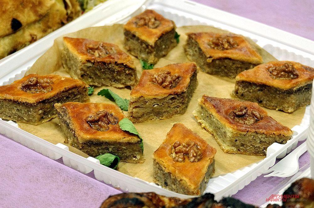 Пахлава. Азербайджанская кухня.