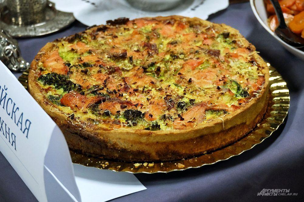 Пирог с лососем и брокколи. Еврейская кухня.
