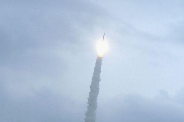 Гройсман договаривается о сотрудничестве с Канадой в космической сфере a005f430c6e20