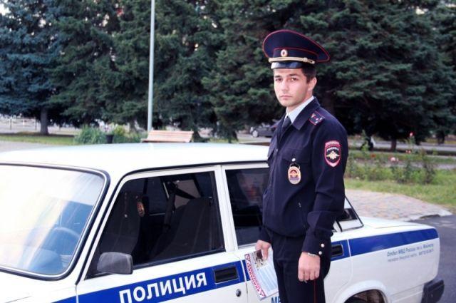 Астраханцев просят поддержать майора милиции Алексея Каюдина