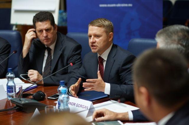 НАПК уличило работников Киевской ОГА в несоблюдении закона