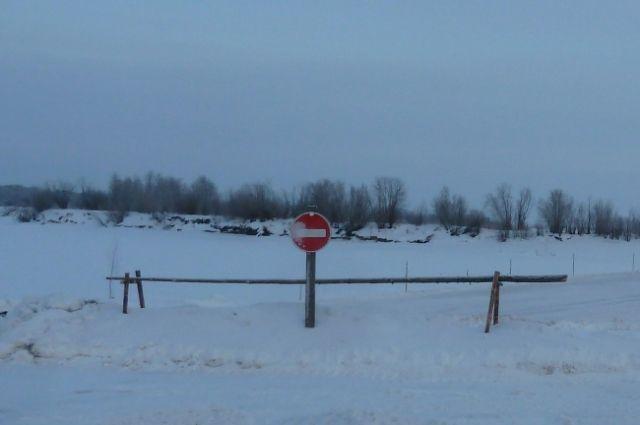 На реках Тюменской области зимой будут работать восемь ледовых переправ
