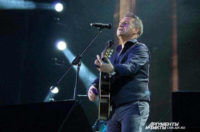 Артист пожертвовал деньги с концерта в Москве.