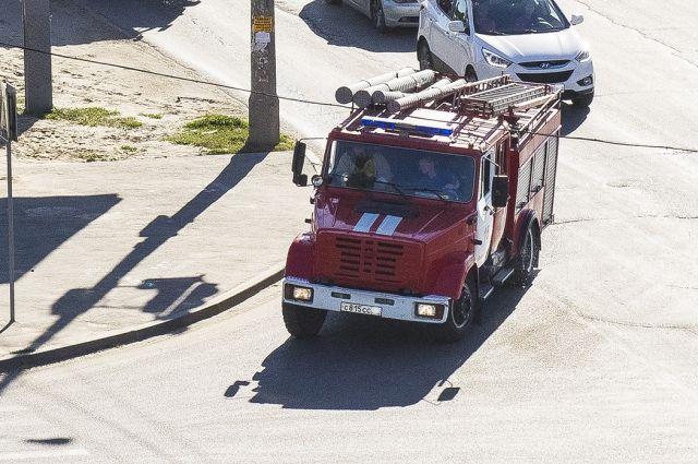 Один человек умер напожаре вгараже вРостове