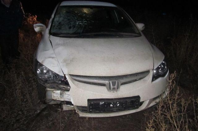 В Новоорском районе пьяный водитель сбил 3 пешеходов, погиб подросток.