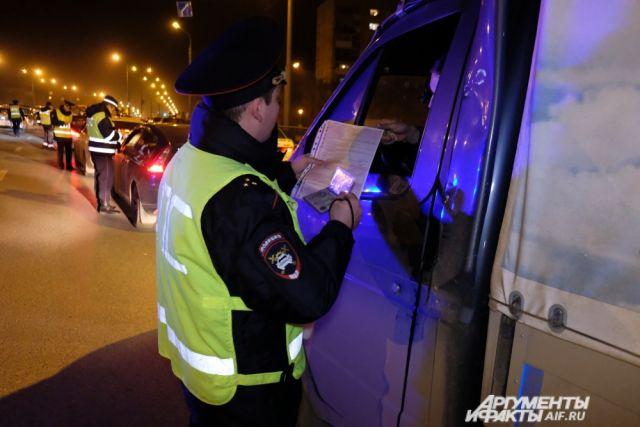 Водителя задержали пьяным за рулём.