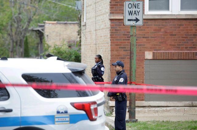 После стрельбы вкафе Чикаго умер один иранены двое