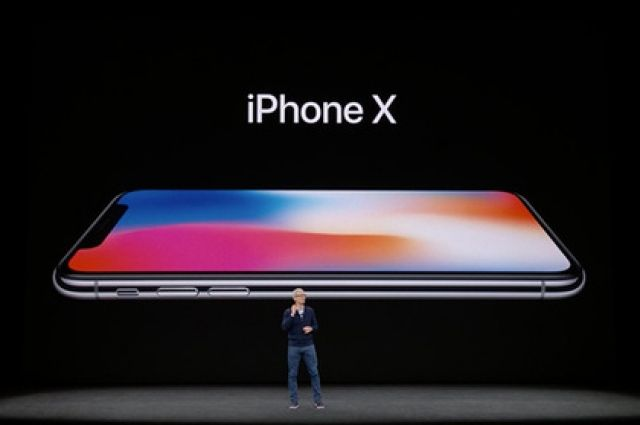 Ретейлер: продажи IPhone Х стартовали в Томске в пятницу