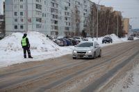 Инспекторы ГИБДД смогут останавливать машины для проверки документов не только на стационарных постах, но и в любом месте на дороге.