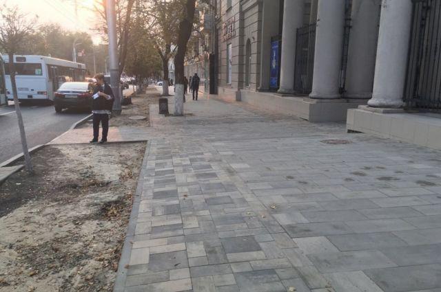 Замену плитку наБольшой Садовой вРостове завершат кконцу ноября