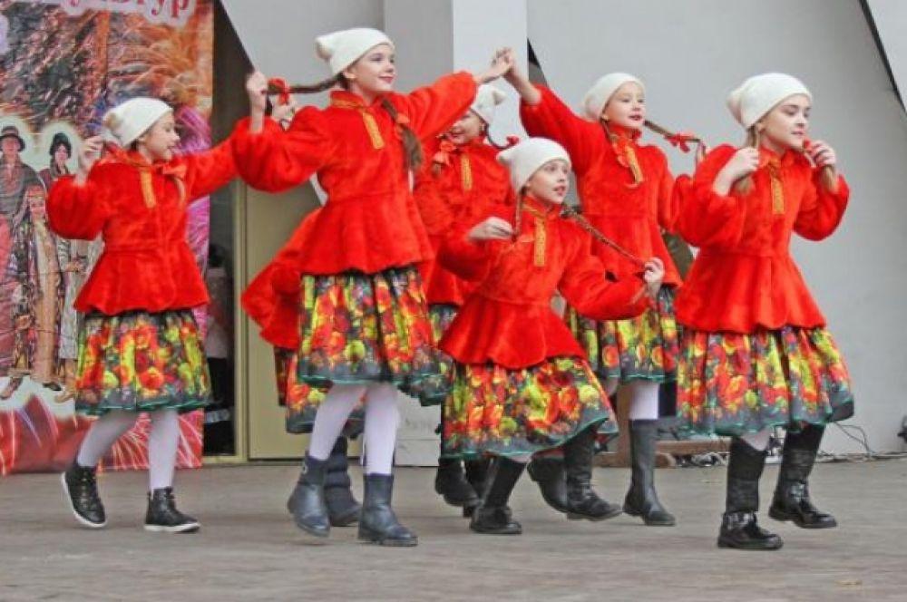В день народного единства в Ростове-на-Дону состоялся фестиваль национальных видов спорта и боевых искусств «Россия объединяет».