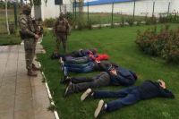 В Полтавской области задержали 40 рейдеров, пытавшихся захватить агрофирму