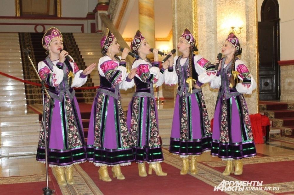 Концерт в стенах Краснодарской филармонии имени Пономаренко.
