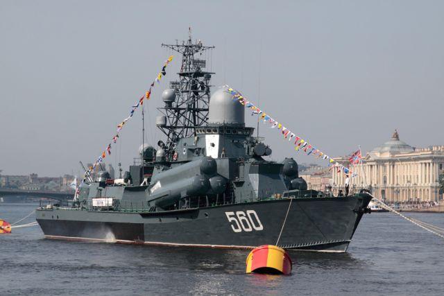 ВПетербурге осенью спустят наводу 1-ый корабль серии «Каракурт»
