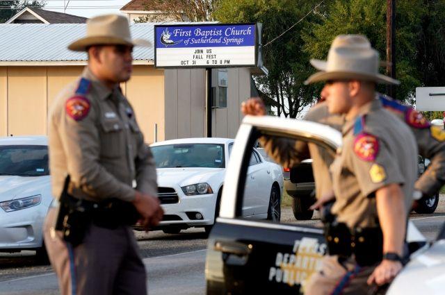 Власти Техаса: убийца прихожан церкви покончил ссобой после погони
