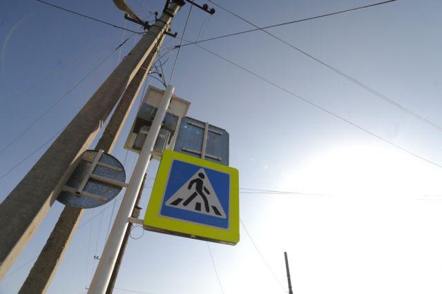 Размещены первые фотографии ДТП вБарнауле, где пассажирский автобус сбил пешехода
