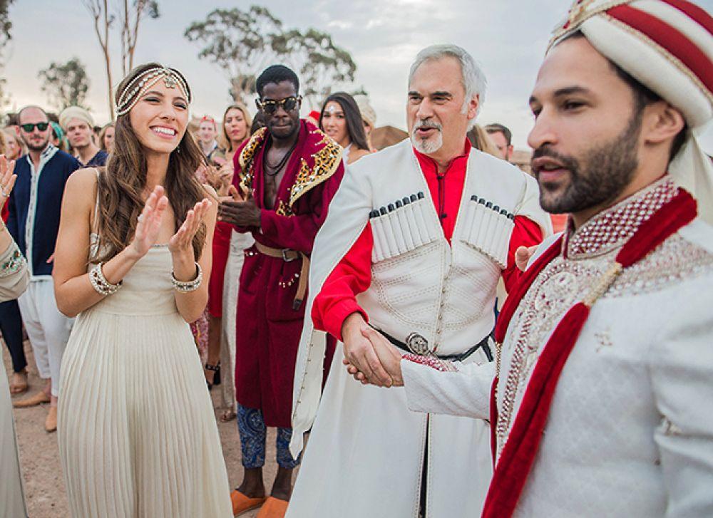 Эксклюзивный фотоотчет со свадьбы дочери исполнителя опубликовали в российском издании HELLO!