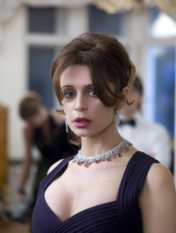 «Про любоff» (2010 год), экранизация книги Оксаны Робски — Лада, жена Влада.