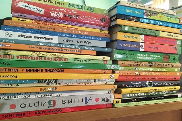 книжный автобус «Бампер» активно знакомит детей и подростков с книгами