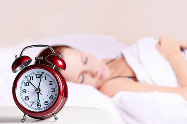 Ученые выяснили, как нехватка сна влияет на мозг человека - Real estate