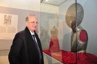 Михаил Пиотровский привёз в Омск коллекцию рыцарских доспехов.