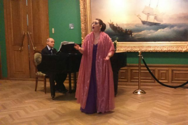 Любителям маринистики подарили концерт романса.