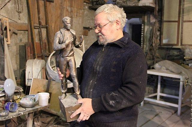 Размер скульптуры составит 2,5 метра в высоту.