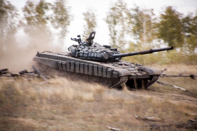 Русские военные раскрыли количество свежей бронетехники— Первые потанкам