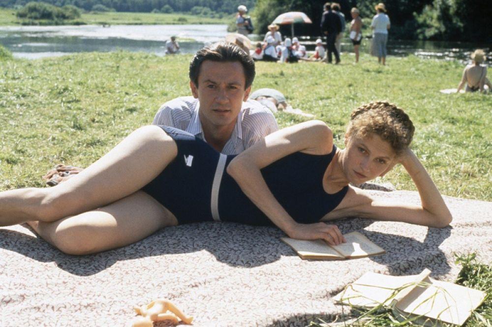 В 1994 году он снялся в фильме Никиты Михалкова «Утомлённые солнцем». За роль Мити в фильме, ставшем лауреатом премии «Оскар», актёр получил Государственную премии РФ.