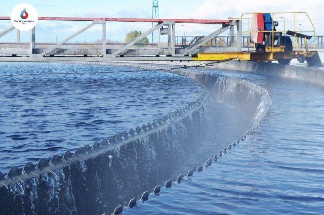 Омский водоканал ремонтирует вторичные отстойники каждый год.