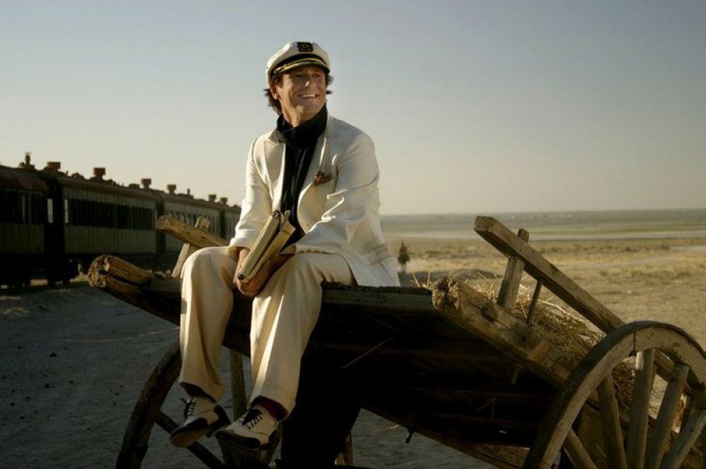 В телесериале «Золотой телёнок» 2006 года по одноимённому роману Ильфа и Петрова актёр исполнил роль Остапа Бендера.