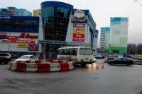 """Автобус сбил пешеходов, которые переходили дорогу по """"зебре""""."""