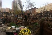 Градоначальник сообщил погорельцам о том, что участок земли, на котором стоит дом, выкупят в добровольно-принудительном порядке