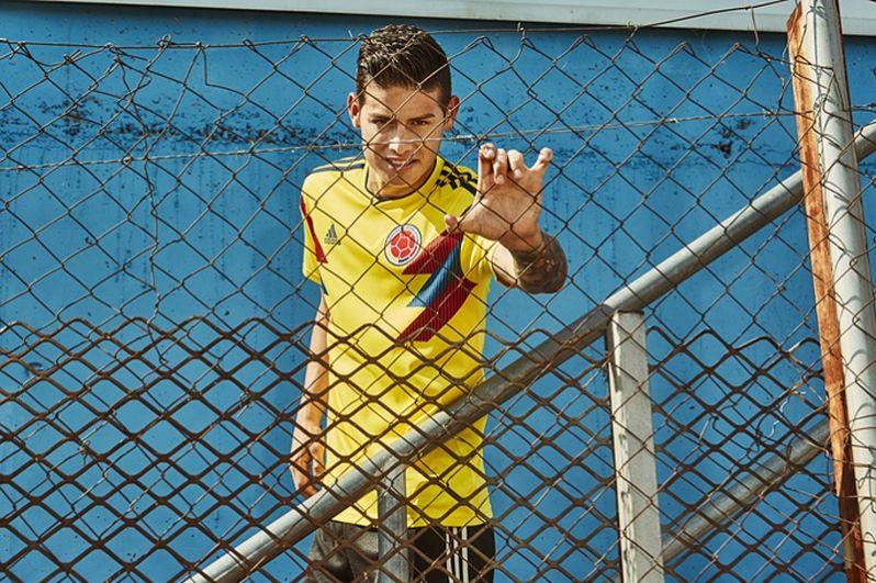 Форма сборной Колумбии.