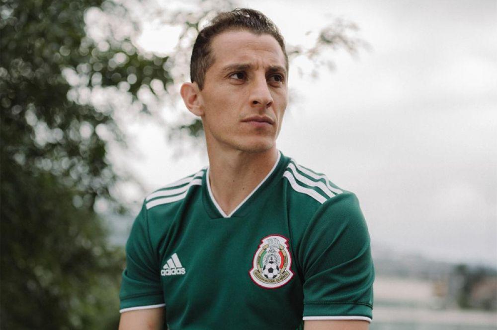 Форма сборной Мексики.