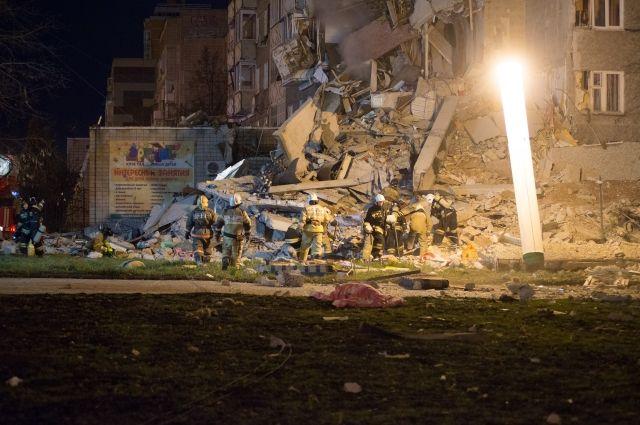 После обрушения части дома вИжевске спасли неменее 200 человек