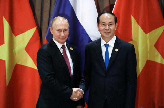 Президент Вьетнама пригласил Владимира Путина посетить Вьетнам свизитом