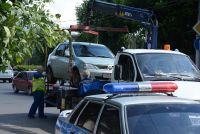 Без сотрудника ГИБДД машину эвакуировать не имеют право.