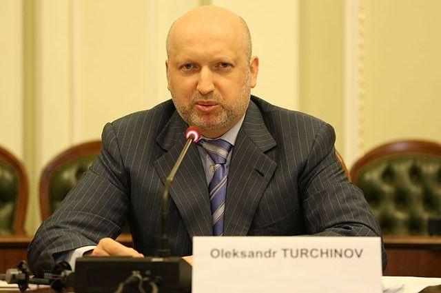 Турчинов обвинил РФ в«перекрашивании» собственных войск
