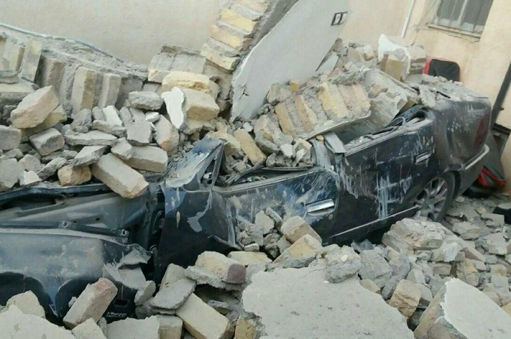 Последствия землетрясения на границе Ирана и Ирака.