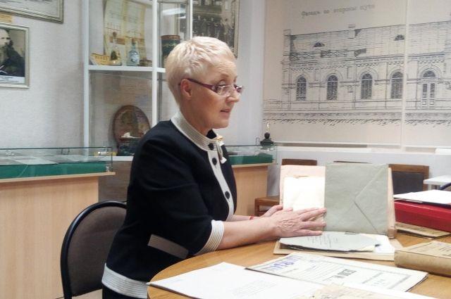 Долгие годы сотрудники областного архива считали, что дело К.Д. Валериуса хранится в Москве.