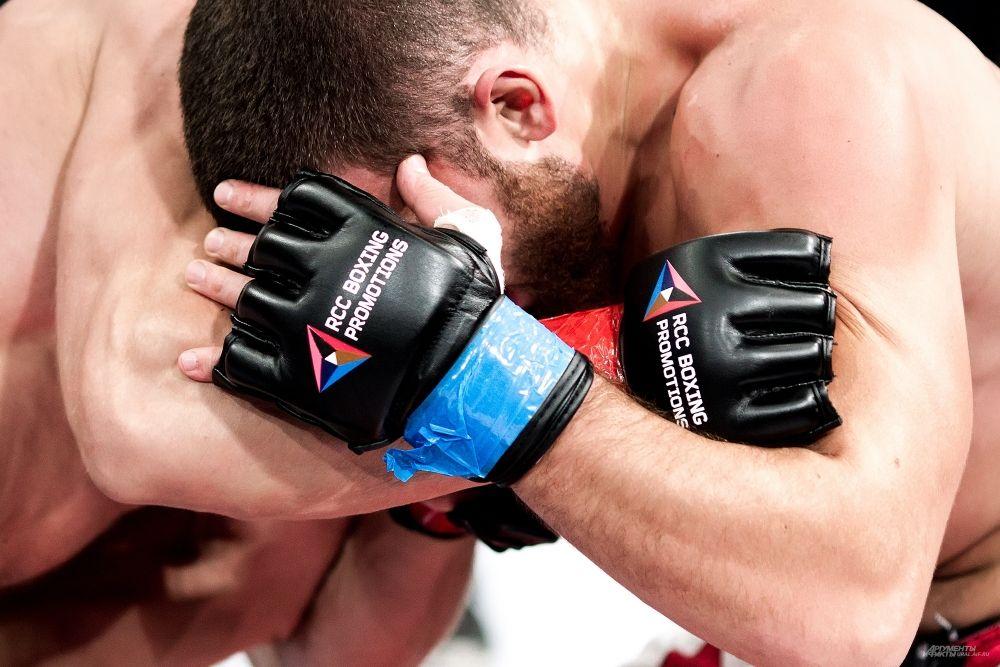 Победа досталась жителю Магнитогорска по единогласному решению судей.